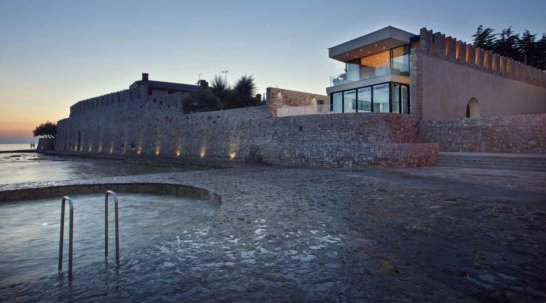 Umesto noćnog kluba: Vila u Novigradu unutar starih zidina