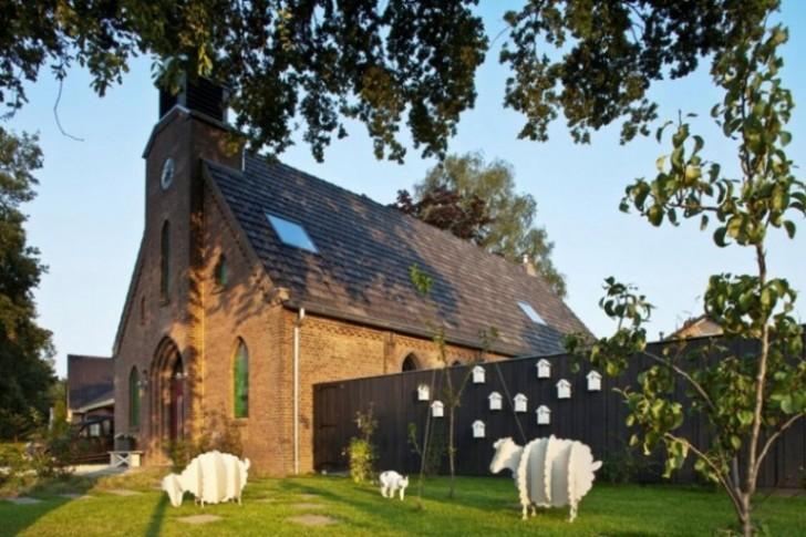 Neobična transformacija: Stara crkva adaptirana u savremenu kuću