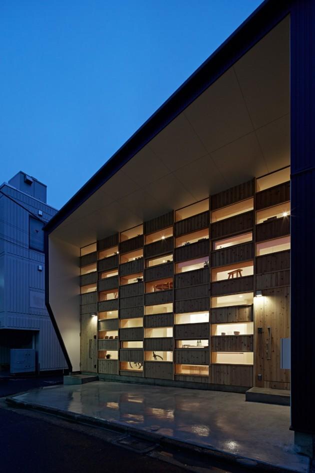 Kuća sa drvenom fasadom 01