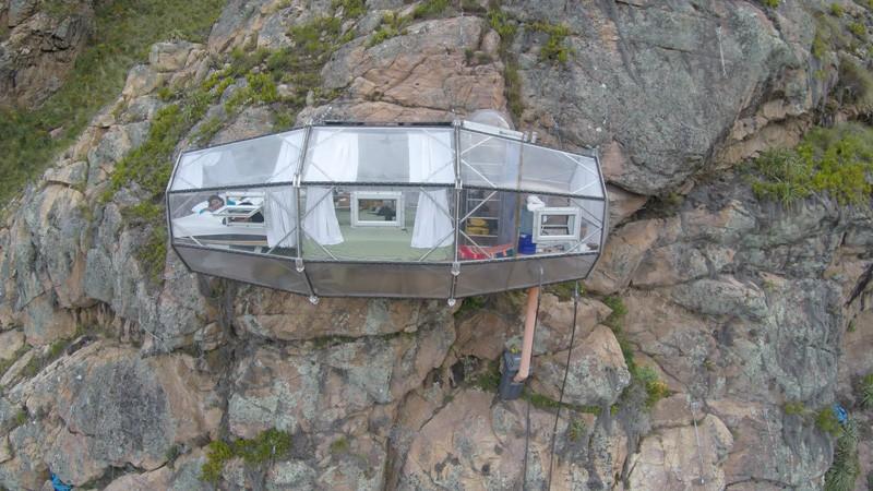 Za alpiniste: Hotelske sobe koje vise sa planine