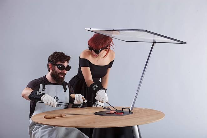 Na suncu pečeno: Trpezarijski sto za solarnu pripremu namirnica