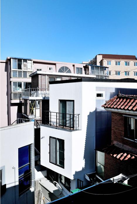 Guro-dong-Mini-House-by-AIN-Group_dezeen_468_1