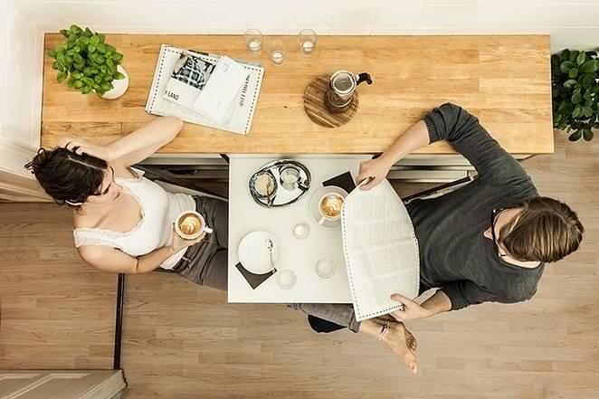 Rešenje za male kuhinje: Trpezarijski sto na izvlačenje