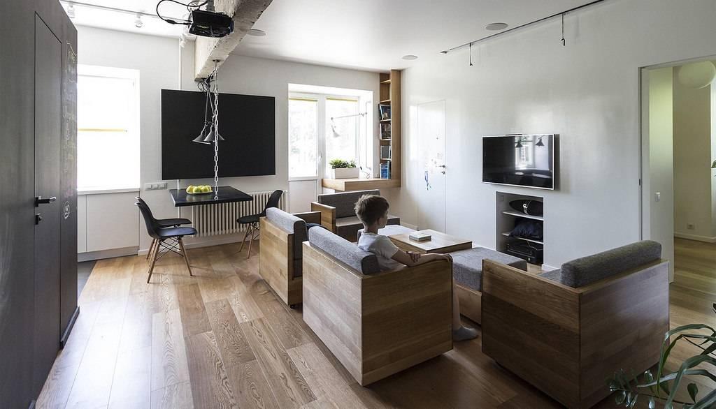 Fleksibilan stan u Moskvi s modularnim nameštajem