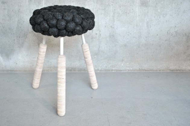 Black sheep stool 03