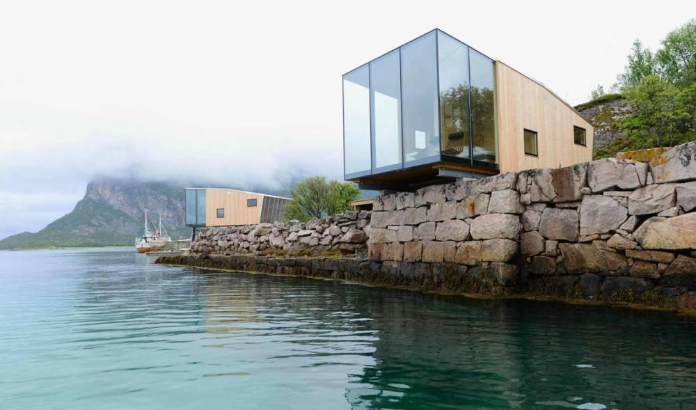 Konzolna vikendica na norveškom moru