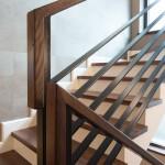 detalj drvenog rukohvata