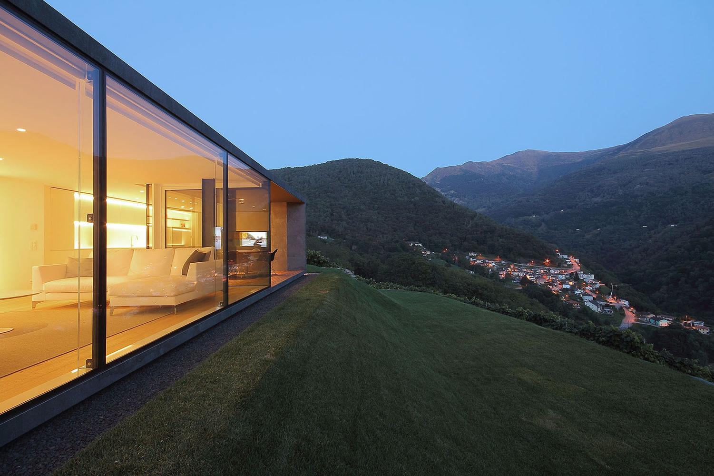 Montebar-Villa-04