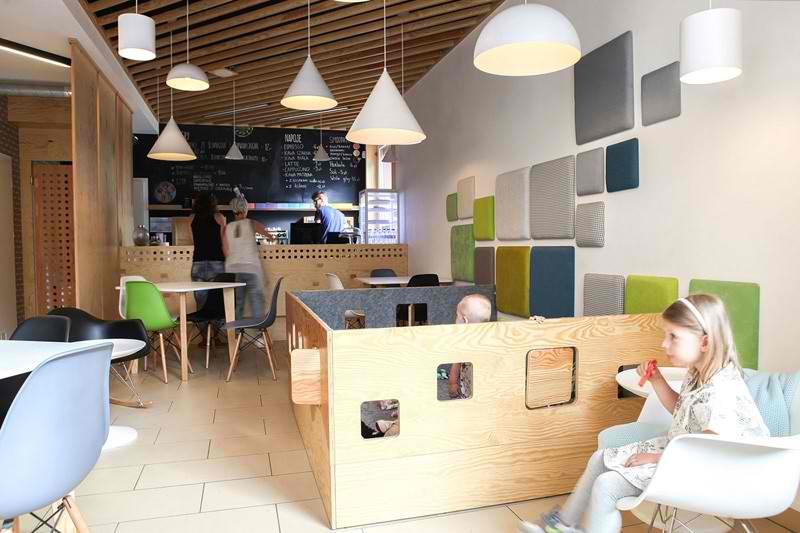 Uspešno rešenje kafića prilagođenom roditeljima s decom
