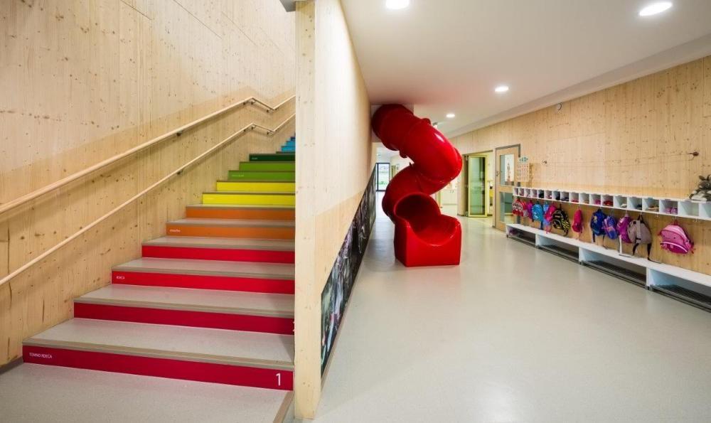 Ovo stepenište pomaže deci da brže nauče brojeve