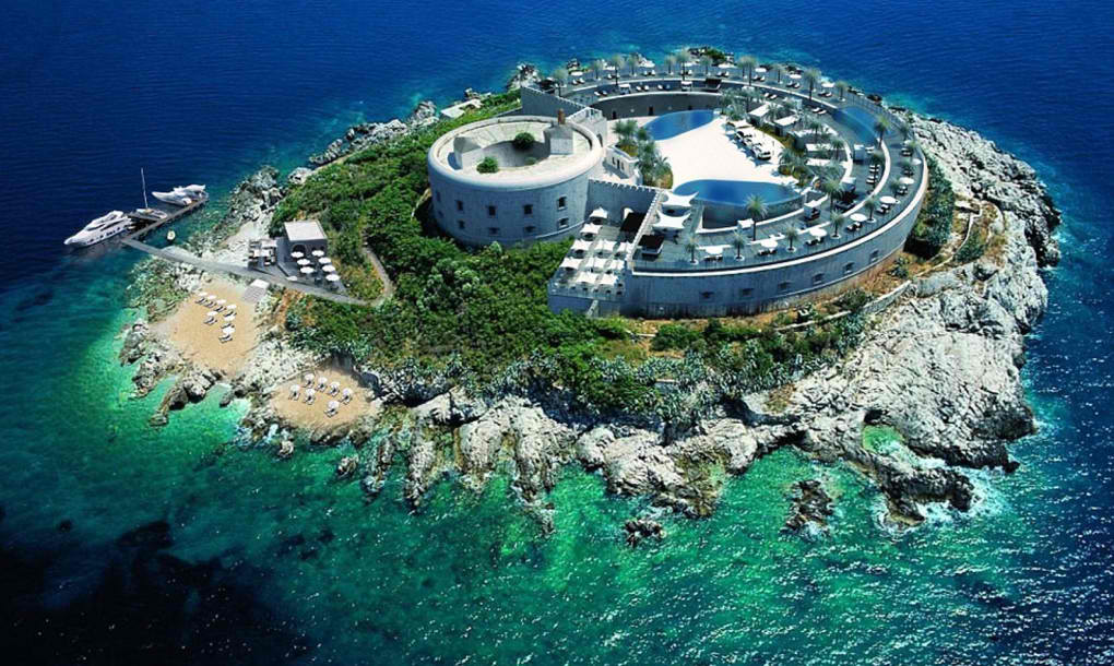 Zatvor na ostrvu Mamula postaje luksuzni hotel