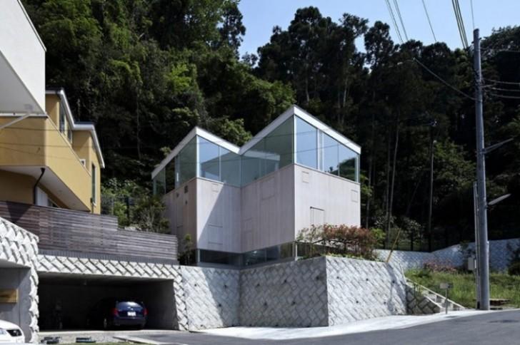 Kuća koja je u isto vreme otvorena prema prirodi i sakrivena od pogleda
