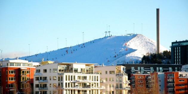 Skijanje u centru Hammarbybacken; foto: VisitStockholm