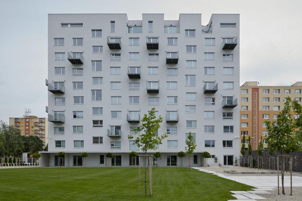 Kako je socrealistička zgrada u Bratislavi pretvorena u savremen objekat