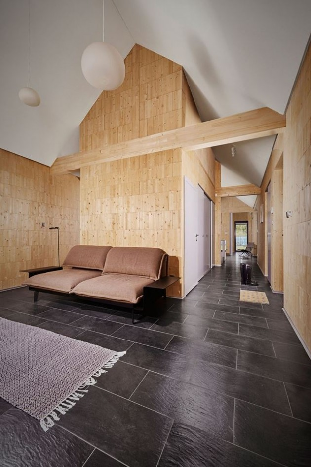 enterijer drveni zid