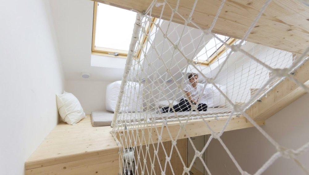 Spavaća soba i igraonica u jednom prostoru