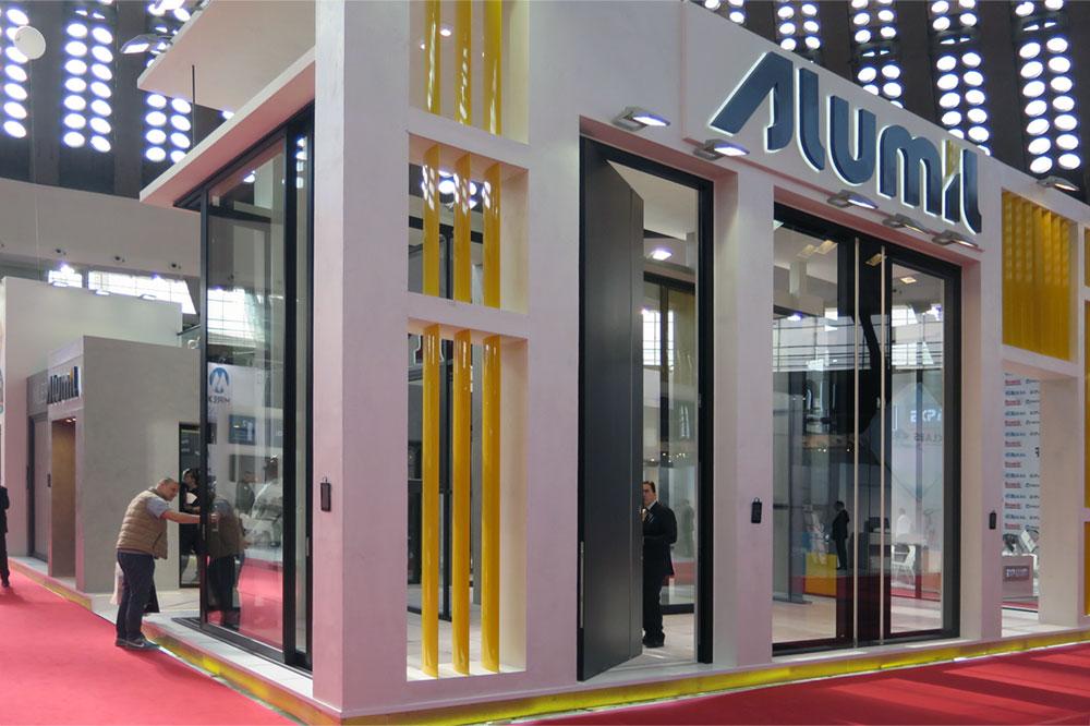 Rekord na sajmu: Impresivna vrata visine 4,5 metara