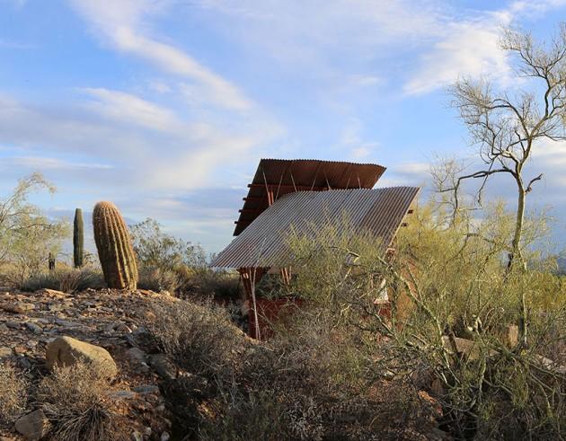 Skloniste u pustinji 04