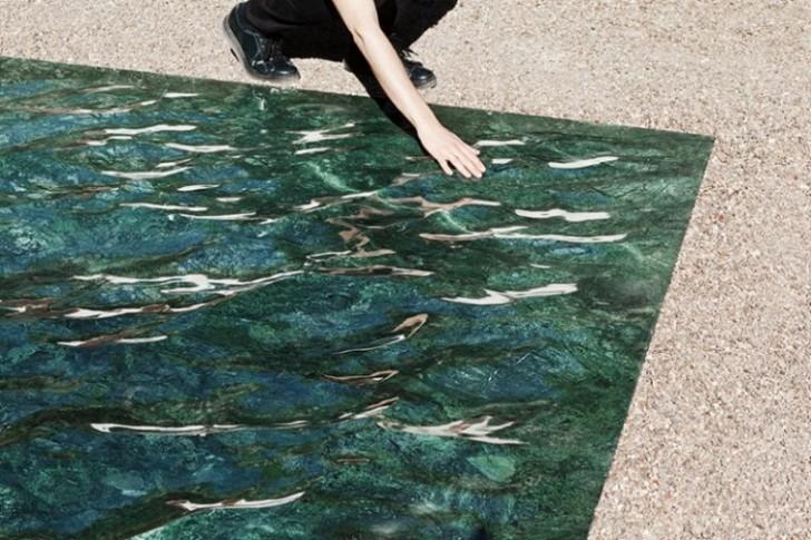 Talasasti mermer koji verodostojno imitira vodenu površinu