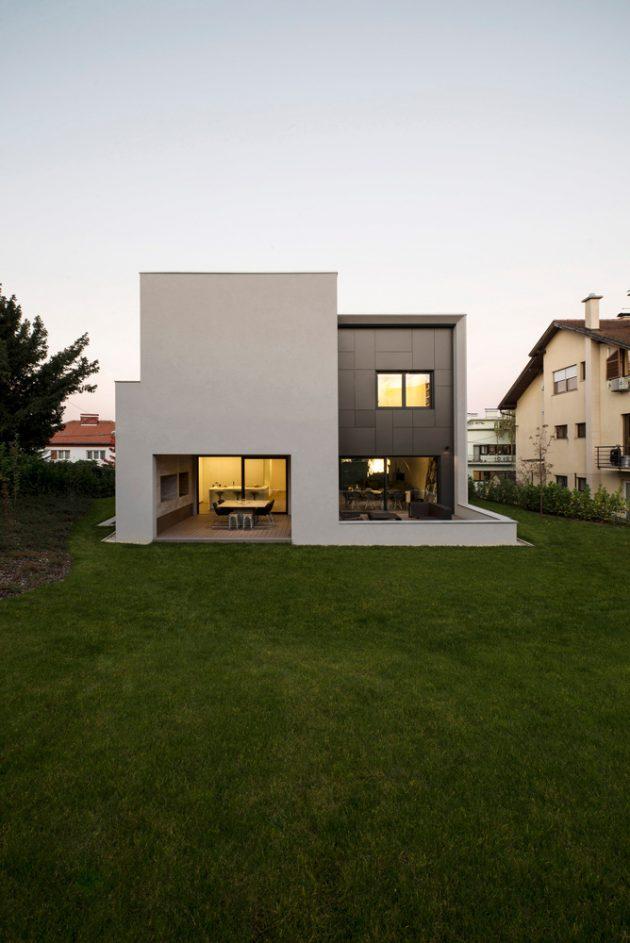 dva-arhitektra-kuca-zagreb-iznad-terena-07