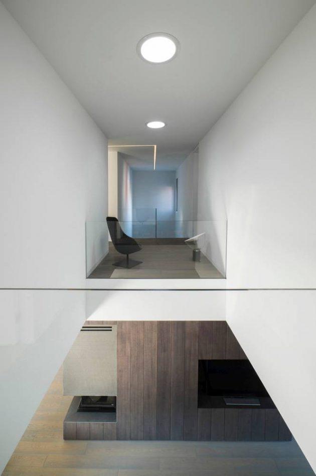 dva-arhitektra-kuca-zagreb-iznad-terena-08