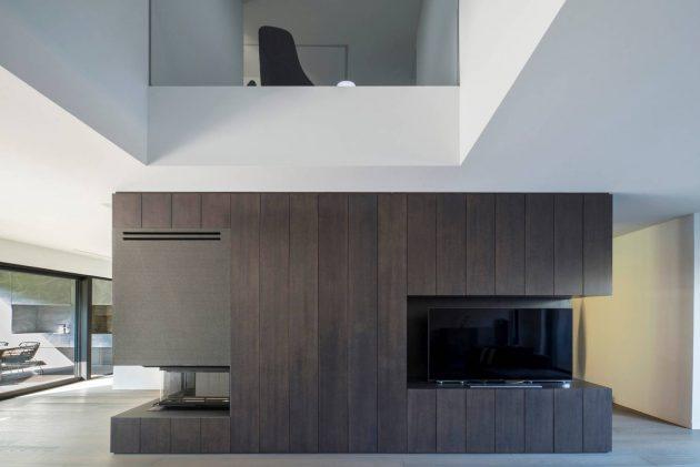 dva-arhitektra-kuca-zagreb-iznad-terena-09
