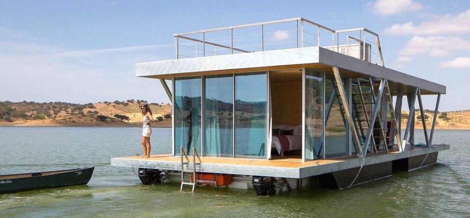 Solarna plutajuća kuća troši upola manje energije nego što proizvodi