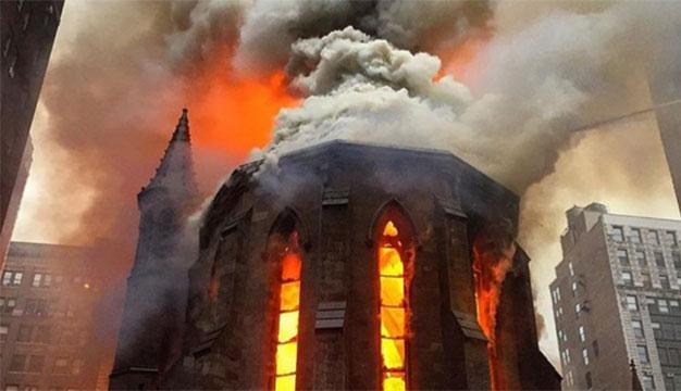 Fotografije izgorele pravoslavne crkve u Njujorku sa društvenih mreža