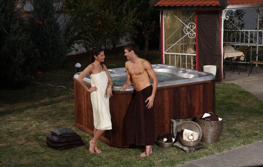 Oaza mira i vrhunskog užitka: hidromasažni bazen i u vašem dvorištu
