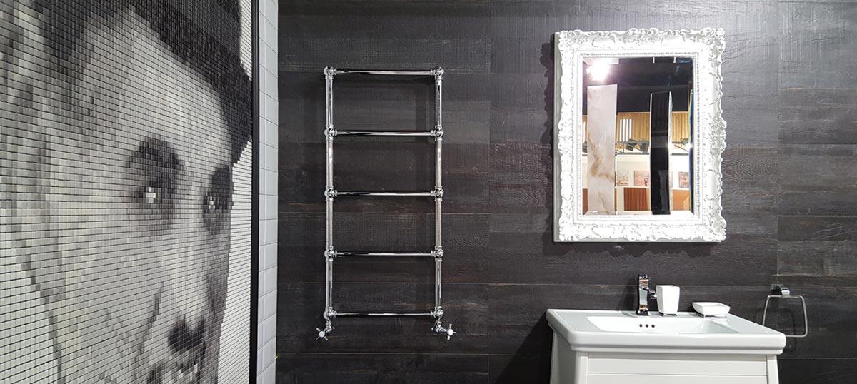 Luksuzni dekorativni sušači kao atraktivan detalj u kupatilu