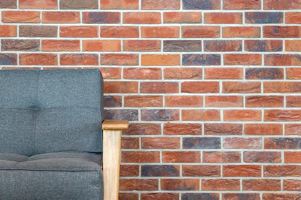 Cigla na zid! Dekorativna opeka u poslovnom prostoru
