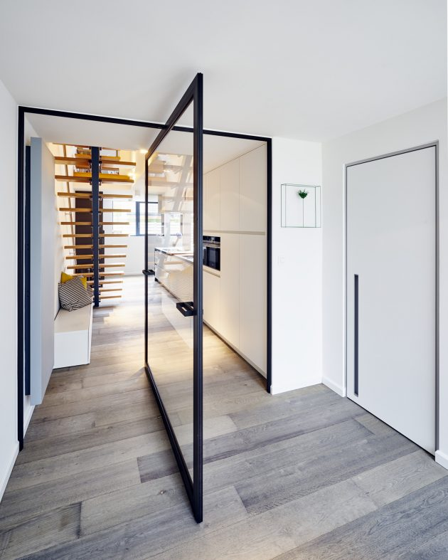 glass-pivoting-door-central-axis_0