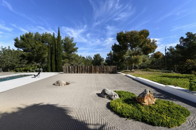 Moderna vila na Ibici 03