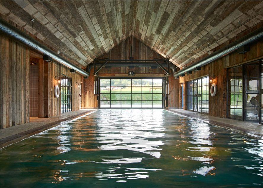 Kako je stara štala pretvorena u bazen novog hotela