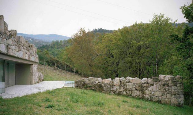 srusena-kamena-kuca-4