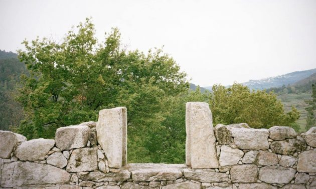 srusena-kamena-kuca-5