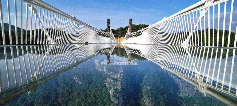 Najduži stakleni most na svetu zatvoren posle samo 13 dana