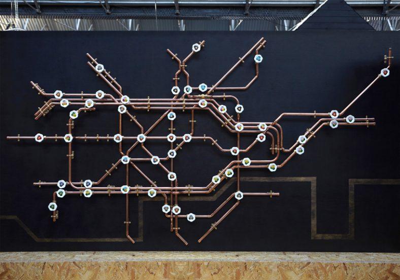 Mapa Londona napravljena od bakarnih cevi