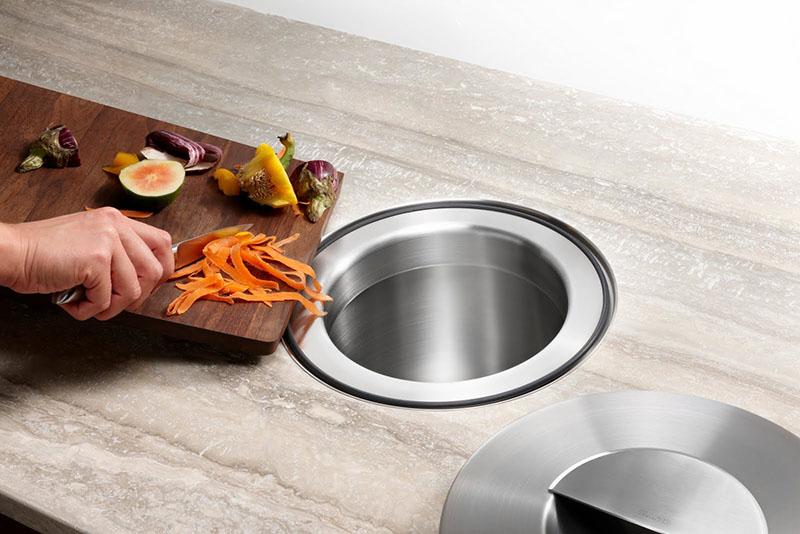 Funkcionalna ideja za odlaganje otpada u kuhinji