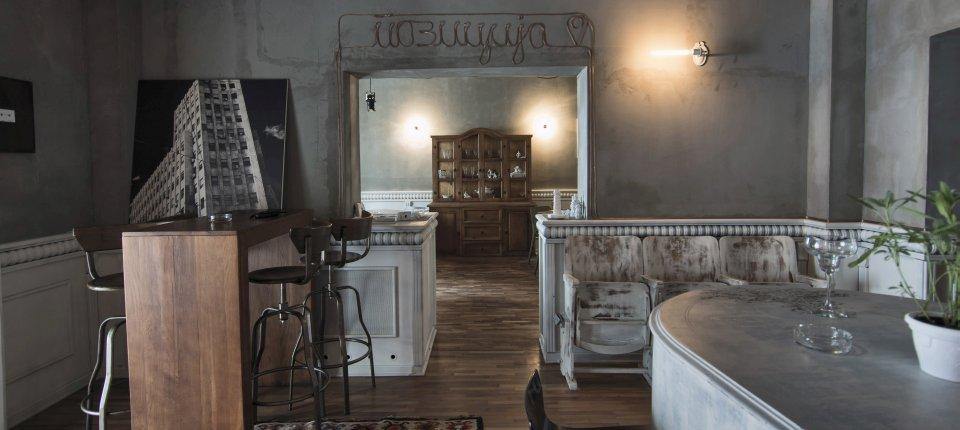 Enterijer restorana Pozicija na Vračaru od recikliranih elemenata