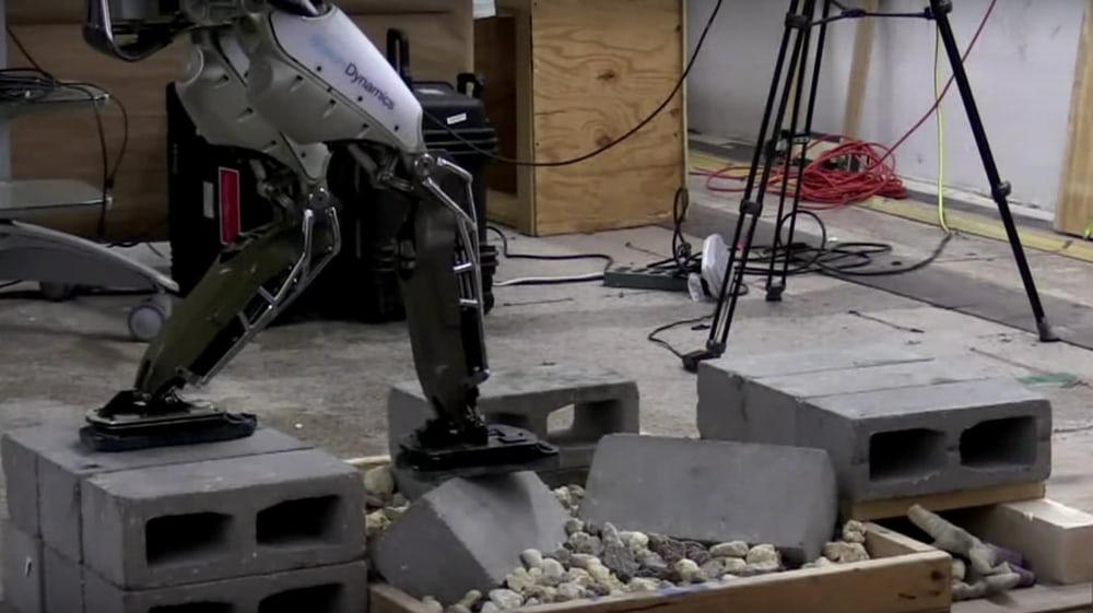 Ovaj robot mogao bi da zameni radnike na gradilištu
