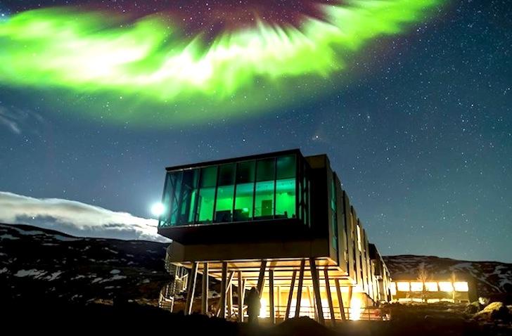 Pasivni hotel sa pogledom na polarnu svetlost