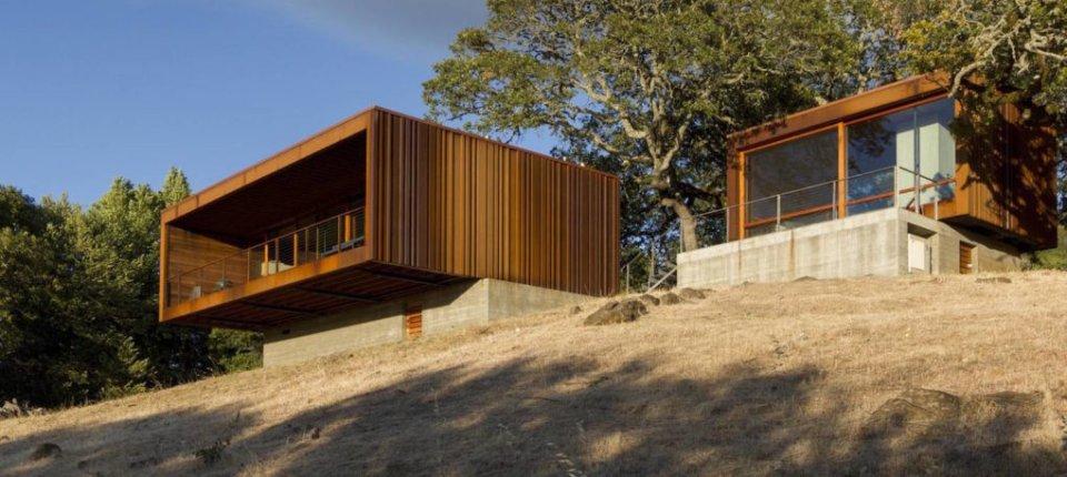 Minimalistički prefabrikovani dom u divljini za šefa u Appleu
