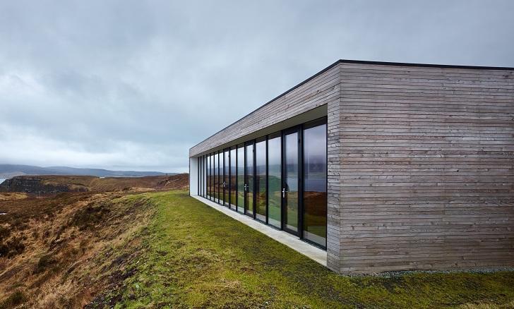 Kuća na litici od udara vetrova zaštićena je ukopavanjem u teren