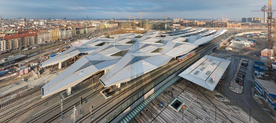 Kristalni krov krasi novu centralnu železničku stanicu u Beču