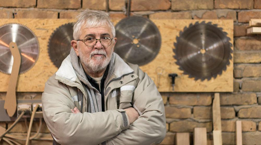 Ljubomir Beljanski pravi ležaljke nadahnut delima slavnog arhitekte