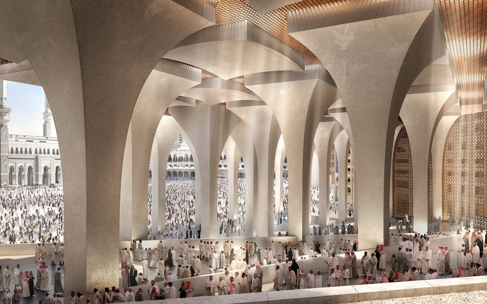 Fosterov hotel s pogledom na centralno svetilište islama