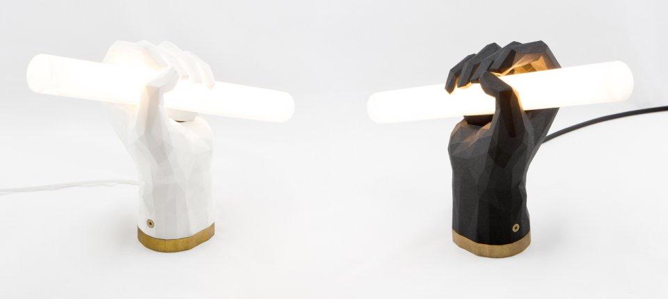 Baš nam se Puno sviđa! 3D štampana lampa u obliku pesnice