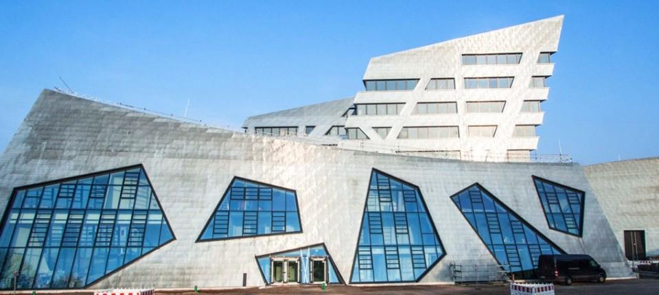 Slavni arhitekta i studenti zajedno projektovali ekološki fakultet
