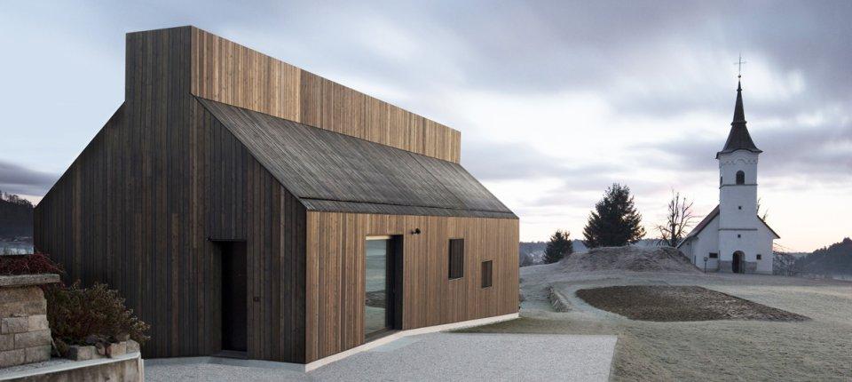 Kuća u Sloveniji određena dimnjakom